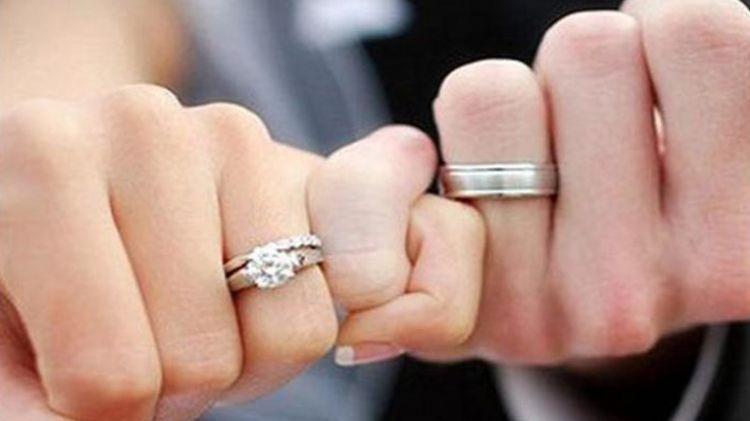 Evlilik insanı necə dəyişir?