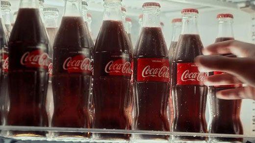 Coca-Cola-nı dünya brendi halına gətirən 7 strategiya nə idi?